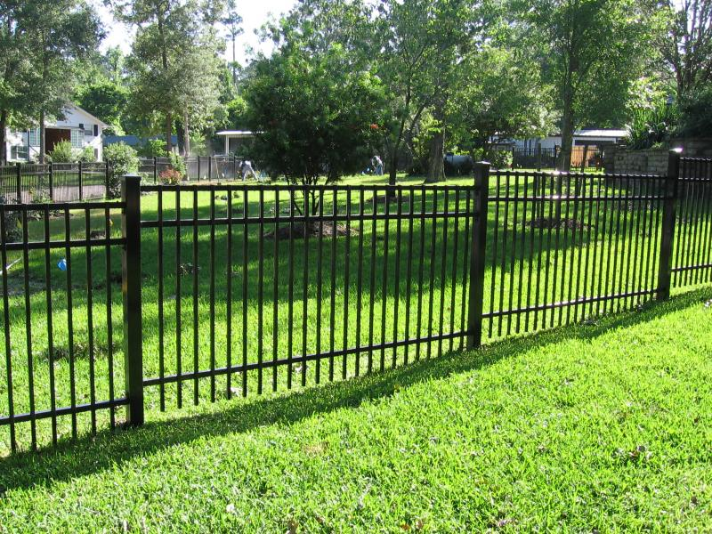 Steel and Aluminum Fence Installation Queens