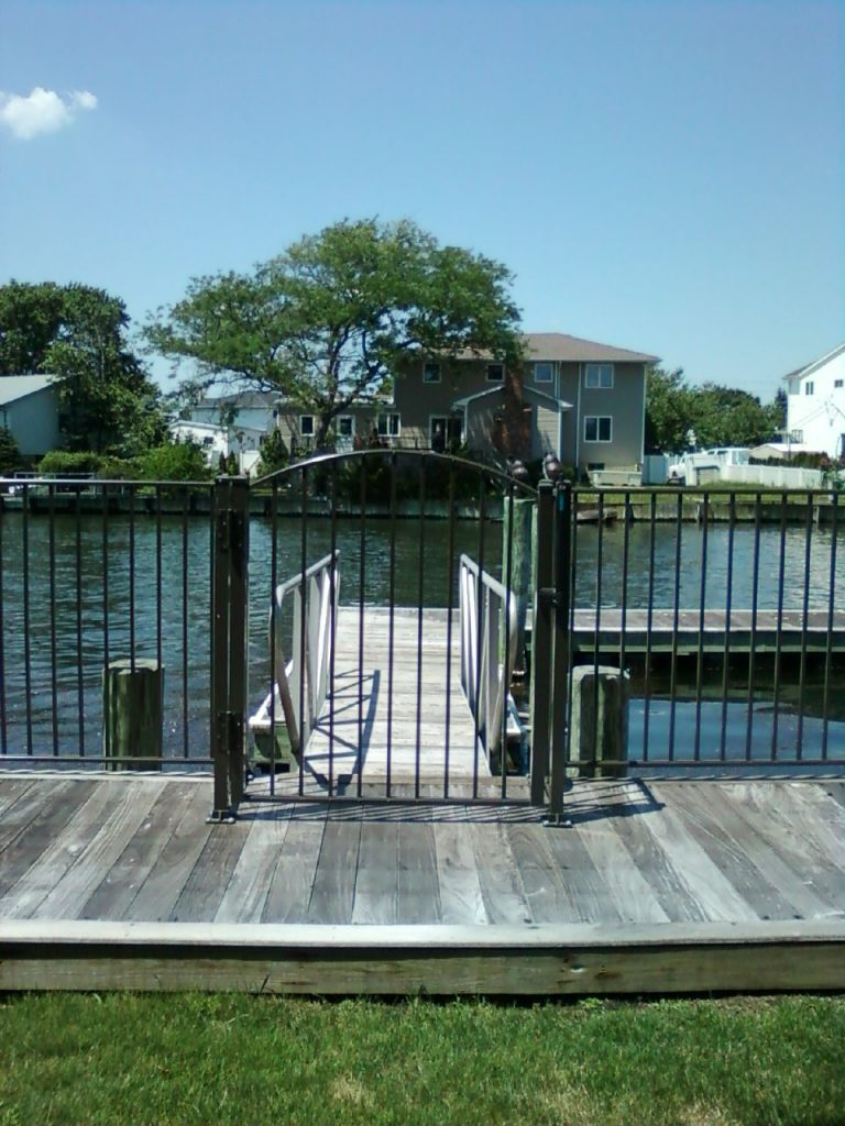 queens Fence company